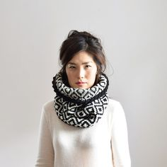 Merino Wool Chunky Scarf, Knit Infinity Scarf, Knit Cowl, Ikat Black & White Scarf