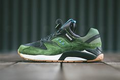 saucony grid 9000 green black gum available 02 Saucony Grid 9000 – Green – Black – Gum