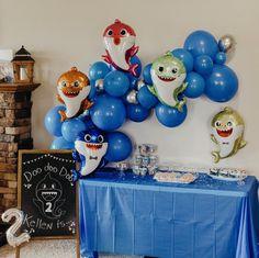 Boys 1st Birthday Cake, Baby Boy 1st Birthday Party, Girl Birthday Themes, Baby Shark, Shark Party, Balloon Garland, Birthday Party Centerpieces, Decorations, Toddler Boy Birthday