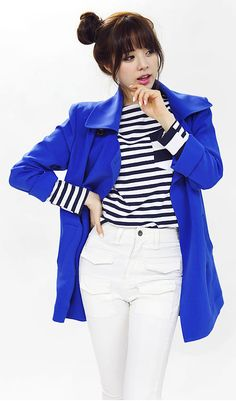 short trench coat look for fall | Fall & Winter | Dolly & Molly | www.dollymolly.com | #blue #white #striped #simple #lookbook #korea #fashion #kpop #black