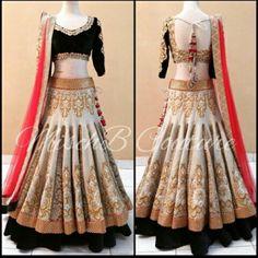 Off white brocade bridal lehenga with velvet blouse bollywood-lehenga online Bollywood Outfits, Eid Outfits, Bollywood Fashion, Indian Bridal Lehenga, Red Lehenga, Lehenga Choli, Bollywood Lehenga, Heavy Lehenga, Bridal Mehndi