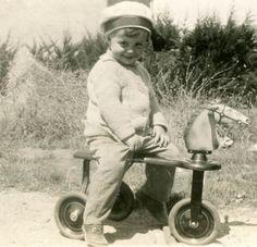 Vintage 1935 más dulce bebé paseos rucio gris Horsie Scooter de juguete Foto…