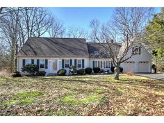 OPEN HOUSE: Sunday, February 28, 2016 12:30 PM - 2:00 PM. View property details for 38  Country Club Dr, Hamden, CT. 38  Country Club Dr is a Single Family property with 4 bedrooms and 2 total baths for sale at $297,500. MLS# N10111240.
