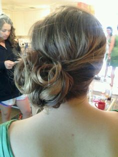 Extremely coarse curly hair smoothed beautifully … … – The World Side Bun Wedding, Loose Wedding Hair, Messy Hairstyles, Wedding Hairstyles, Side Bun Updo, Medium Hair Styles, Curly Hair Styles, Celebrity Wedding Hair, Coarse Hair