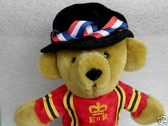 Merrythought England Plush Hand Puppet Royal Beefeater Teddy Bear