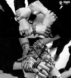 Image about bigbang on We Heart It Top Bigbang, Daesung, 2ne1, Btob, Bigbang Wallpapers, Gd And Top, Culture Pop, Instyle Magazine, Cosmopolitan Magazine
