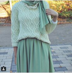 Really want that colour green. Such a peaceful colour.