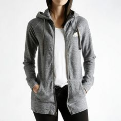 roots capri hoody- comfy and cozy for travelling and a hint of canada with the beaver Hoodies, Sweatshirts, Capsule Wardrobe, Organic Cotton, Hooded Jacket, Leather Jacket, Roots, Style Inspiration, Fashion Outfits