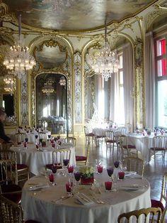 Baccarat crystal room paris brasserie du casino greoux les bains