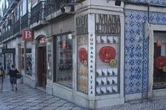 Did you know that the oldest bookstore in the world is in Lisbon? True story! The Bertrand bookstore opened in 1732, moving location just the once, after the massive earthquake in 1755. It's been selling books and stories on Rua Garrett ever since.