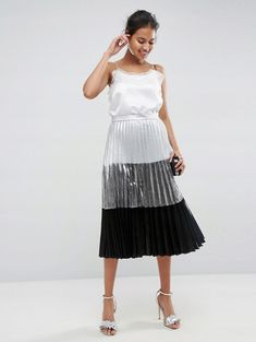 Discover your Holidays party outfit at ASOS. From sequins to silk, leather and two-piece at ASOS. Pleated Midi Skirt, Lace Skirt, Latest Fashion Clothes, Fashion Online, Staple Dress, Asos Online Shopping, Tulle, Skirts, Tops