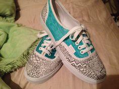 DIY white vans shoes, hand designed... Thanks pinterest