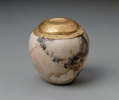 Vessel with lid      Egyptian, Early Dynastic Period, Dynasty 2, reign of Khase, 2676–2649 B.C.   Findspot     Abydos, Egypt (MFA)