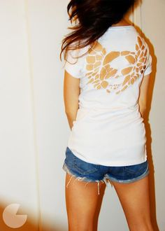 DIY Cut Out T Shirts; I've been doing this lately, but may get a little more creative w/ this site ;)