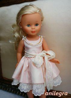 NAncy Doll in pink frock American Doll Clothes, Girl Doll Clothes, Girl Dolls, Baby Dolls, Felt Dolls, Crochet Dolls, Vestidos Nancy, American Girl, Doll Fancy Dress