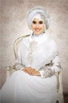 Gambar Desain Baju Pengantin Muslimah Yang Anggun