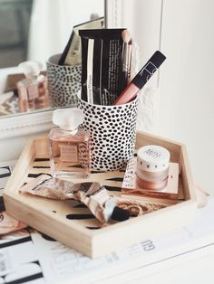 Life is way too short not to have a pretty makeup table! One of the things I get asked most about is how I style and organise my dressing table, so I wanted to put together some tips and tricks for cr