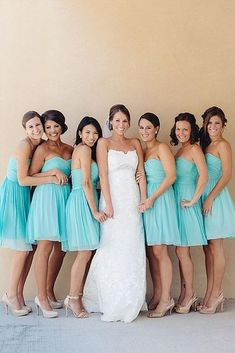 Jun 2019 - Choosing a color for dresses is not so easy. There are millions of variants: blush, yellow and many others.We recommend you to see teal bridesmaid dresses. Turquoise Bridesmaid Dresses, Bridesmaids And Groomsmen, Wedding Bridesmaid Dresses, Wedding Attire, Teal Dresses, Wedding Bouquets, Aqua Wedding, Dream Wedding, Wedding Turquoise