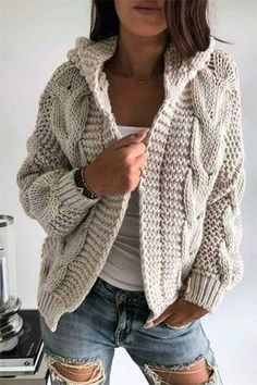 Warm Dresses, Winter Dresses, Winter Outfits, Dress Winter, Evening Dresses, Diy Kleidung Upcycling, Mode Chic, Knitted Coat, Knit Cardigan