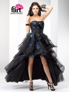 high-low black organza prom gown with sequin accents# prom dress # special pccasion dress # Quinceanera Dresses Short, High Low Prom Dresses, Best Prom Dresses, Black Evening Dresses, Black Prom Dresses, Prom Dresses Online, Pretty Dresses, Homecoming Dresses, Beautiful Dresses