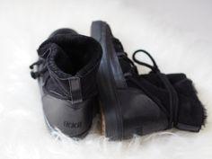 Inuikki Boots, Ikki Boots, Apres Ski Ikkii Boots, Apres Ski, Makeup Primer, Comfortable Boots, Love To Shop, Warm Coat, Bright Pink, Parka, New Look
