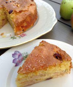 Ja, jeg ved godt, at jeg har lovet at bage marmor kage til Peter her i weekenden :-)  Men inden den, så blev det lige til en lækker æblekage...
