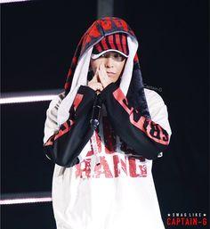 """161120 G-Dragon @ BIGBANG 0.TO.10 The Final in Fukuoka Dome © CAPTAIN-G | Do not edit. """