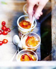 Compote d'abricot au sésame, yaourt glacé pour 6 personnes - Recettes Elle à Table