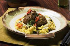Karriboller og kokosris Norwegian Recipes, Norwegian Food, Cooking Recipes, Beef, Meat, Chef Recipes, Steak, Recipies