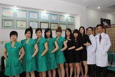 Được biết đến là một trong những thẩm mỹ viện uy tín tại Thành phố Hồ Chí Minh về lĩnh vực phẫu thuật thẩm mỹ. Thẩm mỹ viện bác sỹ Thiện nhận được sự tin tưởng của khách hàng khu vực phía Nam. Cùng thẩm mỹ viện Ý Lan tìm hiểu các dịch vụ thẩm mỹ được yêu thích tại thẩm mỹ viện bác sỹ Thiện.
