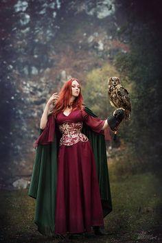 model, stylization: Revena owl: Gaja from Pod skrzydłami corset: Lady ardzesz corset photographer: WikingArt - Fotografia