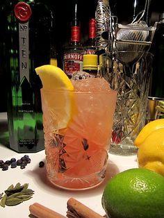 De Winter Bramble is een variatie op de klassieke 'Bramble' met als hoofdbestanddeel Gin. De cocktail die werd gecreëerd in Londen mid 80's. Maak het zelf!