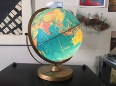 Antique style table world globe lamp desk world night globe stand in good overall condition with a couple signs of wear would look awesome on any desk as a very unique lamp no disappointments ebay gumiabroncs Image collections