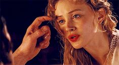 Sarah Gadon Gif Hunt Under the cut are 185 Mostly HQ gifs of Sarah Gadon. I do not own any the gifs unless stated otherwise and will happily credit the creators or remove the gifs they own if. Story Inspiration, Writing Inspiration, Character Inspiration, Vampires, Serie Vampire, Dracula Untold, Sarah Gadon, Luke Evans, Aesthetic Gif