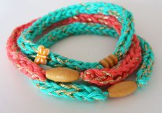 Missus D: Crochet Friendship Bracelet Tutorial