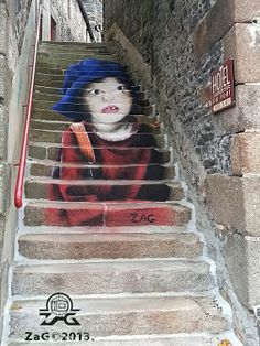 """""""The Little Parisian""""Anamorphic street art performance by ZAG 16 novembre 2013 Painting and the stairs of alley"""