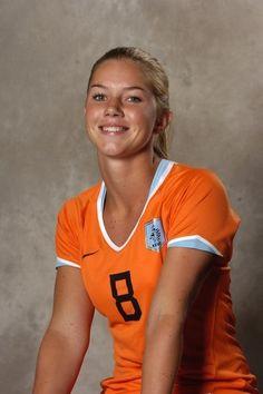 Anouk Hoogendijk - Dutch soccer