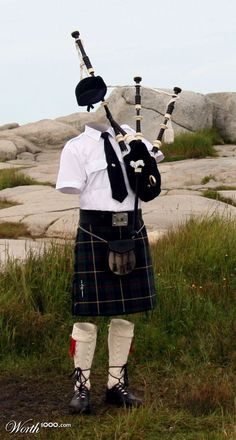 The Invisible Piper.amazing to see in person Irish Traditions, Kilts, Folklore, Anonymous, Scotland, Cinema, Photoshop, Culture, Humor