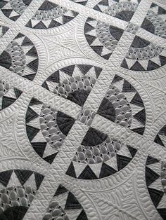Midtown Girl Quilt - amazing surface quilting