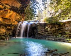 Honey Creek Falls - Fantastic trail in Big South Fork. This is a beautiful national park!