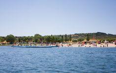 Siga a rota Boa Cama Boa Mesa pelas melhores praias fluviais de Portugal. Mergulhe e refresque-se longe da confusão, com a garantia de estar numa praia com Bandeira Azul.