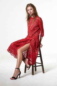 Iconic Cut Out Lace Dress - Going Out - Dresses - Clothing Discover the latest fashion trends online at storets.com