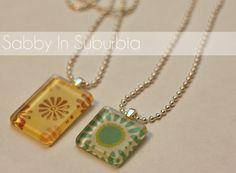 http://sabbyinsuburbia.blogspot.com/2011/01/homemade-christmas-pendant-necklaces.html#