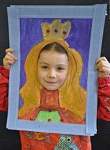 le roi et la reine Can be done after studying about Queen Elizabeth I )Can be done after studying about Queen Elizabeth I ) Projects For Kids, Diy For Kids, Art Projects, Crafts For Kids, Arts And Crafts, Paper Crafts, Arte Elemental, Castle Crafts, Teaching Art