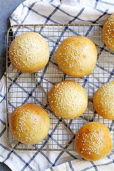 40-Minute Super Soft Hamburger Buns | girlversusdough.com @girlversusdough