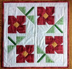 Patchwork Quilt Patterns, Quilt Patterns Free, Patchwork Fabric, Crazy Patchwork, Small Quilts, Mini Quilts, Quilting Projects, Quilting Designs, Quilting Ideas