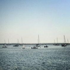 #InstagramELE #salir  Hoy hace un día perfecto para salir en barca.