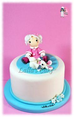 Skating on Ice  cake design, pasta di zucchero, sugar paste, lalla's cake