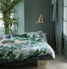 Green bedroom walls, tropical bedroom decor, tropical bedrooms, bedroom c. Green Bedroom Design, Bedroom Green, Green Rooms, Bedroom Colors, Home Bedroom, Bedroom Ideas, Green Walls, Bedroom Designs, Lux Bedroom