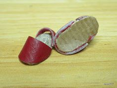 Vestidos Nancy, Minis, Diy And Crafts, Baby Shoes, Bracelets, Leather, Portal, Clothes, Jewelry